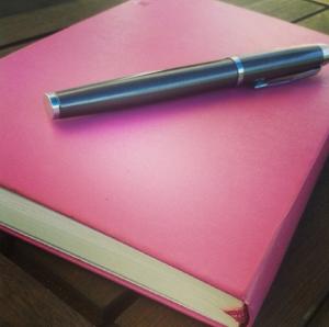 Büchlein mit Stift